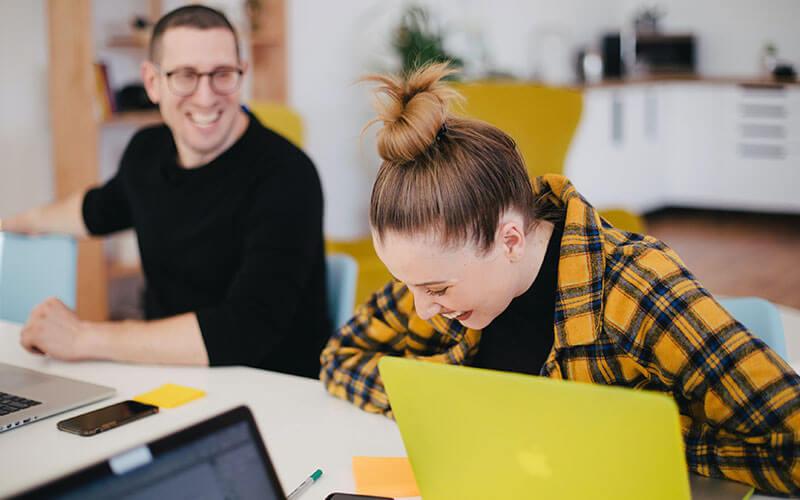 Employee-experience-comunicarh