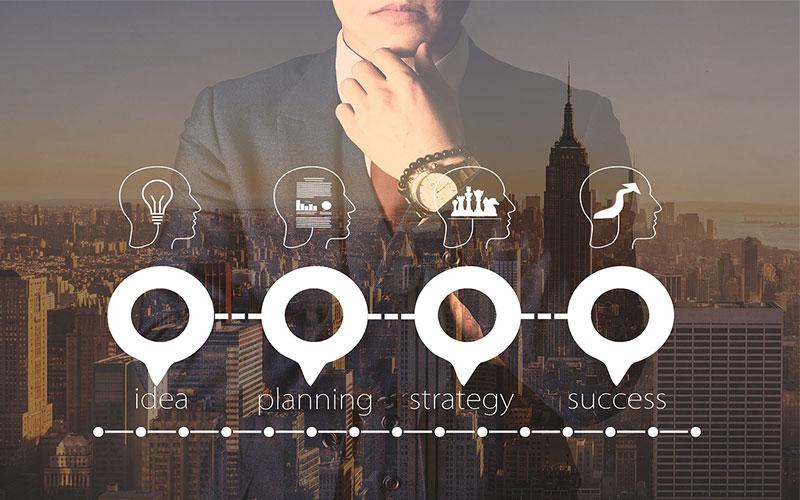 Estratégia e metas de mãos dadas - liderança nos negócios - comunicaRH
